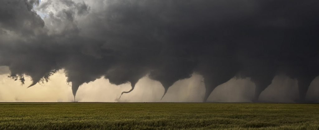 1599px-Evolution_of_a_Tornado