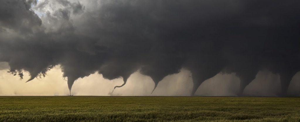 1599px-Evolution_of_a_Tornado